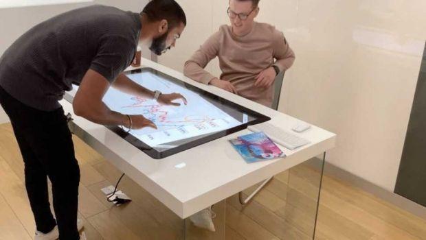 Tecnologia e funzionalità si fondono nei tavoli interattivi