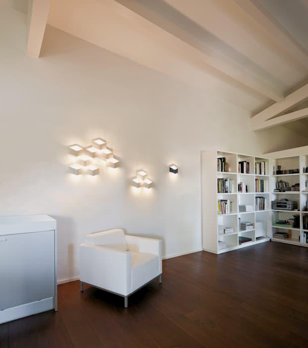 Disegna la tua casa usando luci a contrasto - Vibia Fold Surface