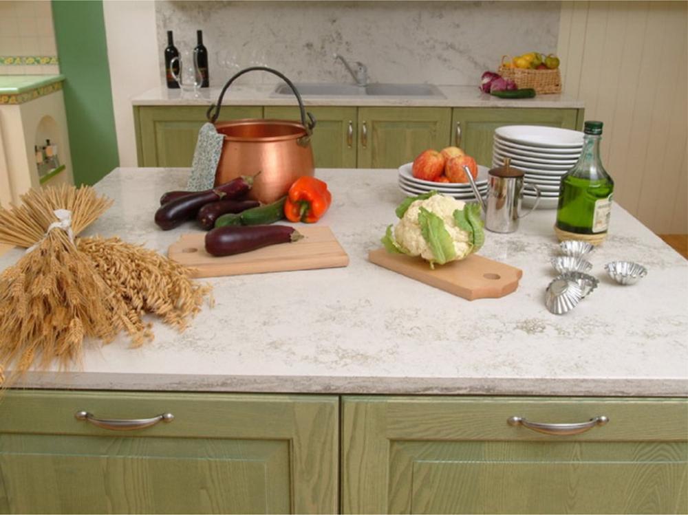 Piano di lavoro in cucina in Okite, facile da pulire