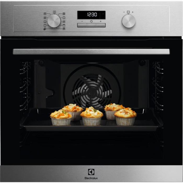 Electrolux, forno da cucina pirolitico SurroundCook, pulizia automatica