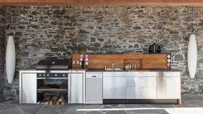 Cucina da esterno: l'importanza di un piano lavoro