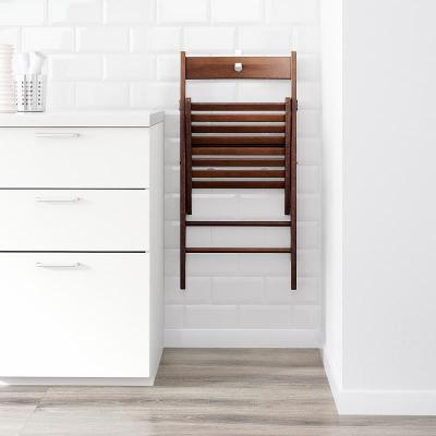 Terje, una delle sedie pieghevoli Ikea