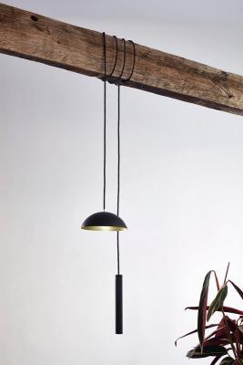 Lampada led ricaricabile Pong di NYTA