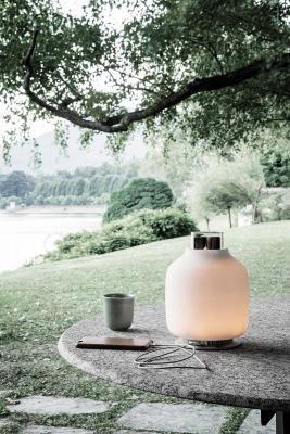 La lampada portatile Candela di Astep