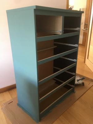 Cassettiera Ikea stile jungle, completamento della base