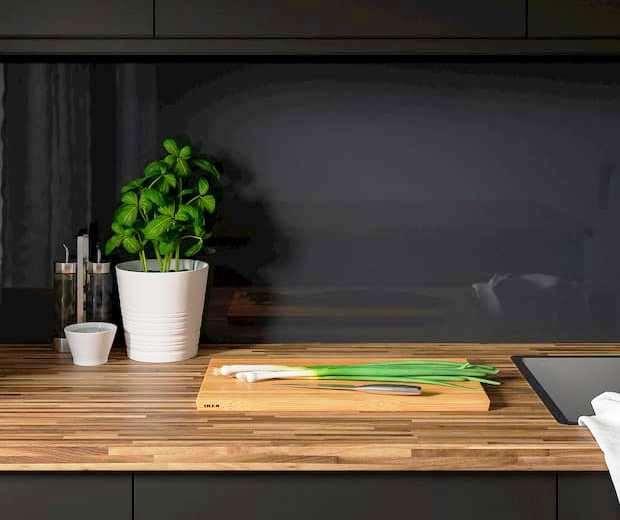 Paraschizzi in vetro per la cucina, IKEA, Ishult vetro nero