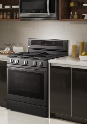 Forno LG InstaView ThinkQ™ con tecnologia Air Fry - colore nero