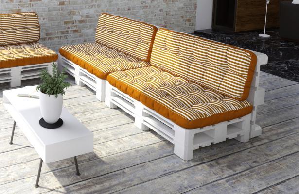 Cuscini da esterno per divano in pallet su DeghiShop