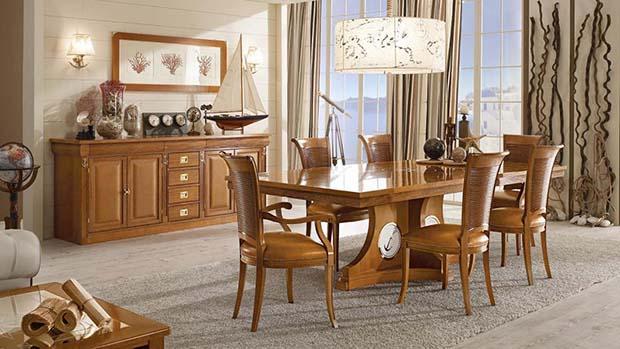Sala pranzo vecchia marina con tavolo Sestante di Caroti