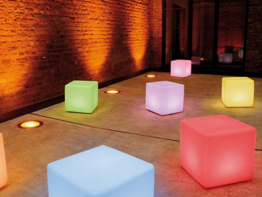 Cubi luminosi multicolor Cube LED Accu Outdoor di Moree