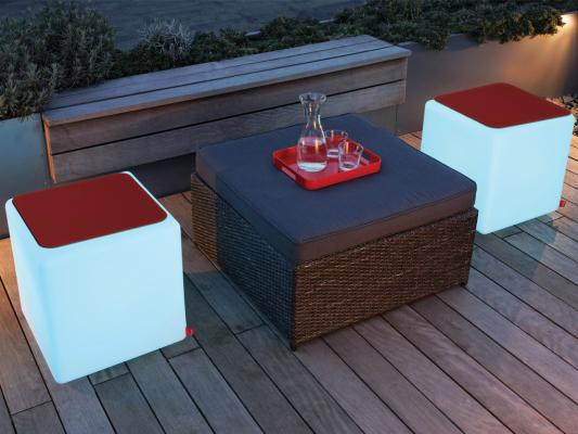 Sedute luminose Cube LED Accu Outdoor di Moree