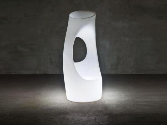Vaso-scultura luminosa hollyall di serralunga