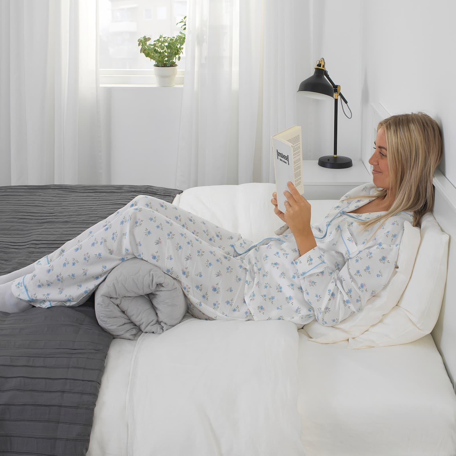Cuscino multiuso pieghevole Omtaenksam - Fonte foto: Ikea