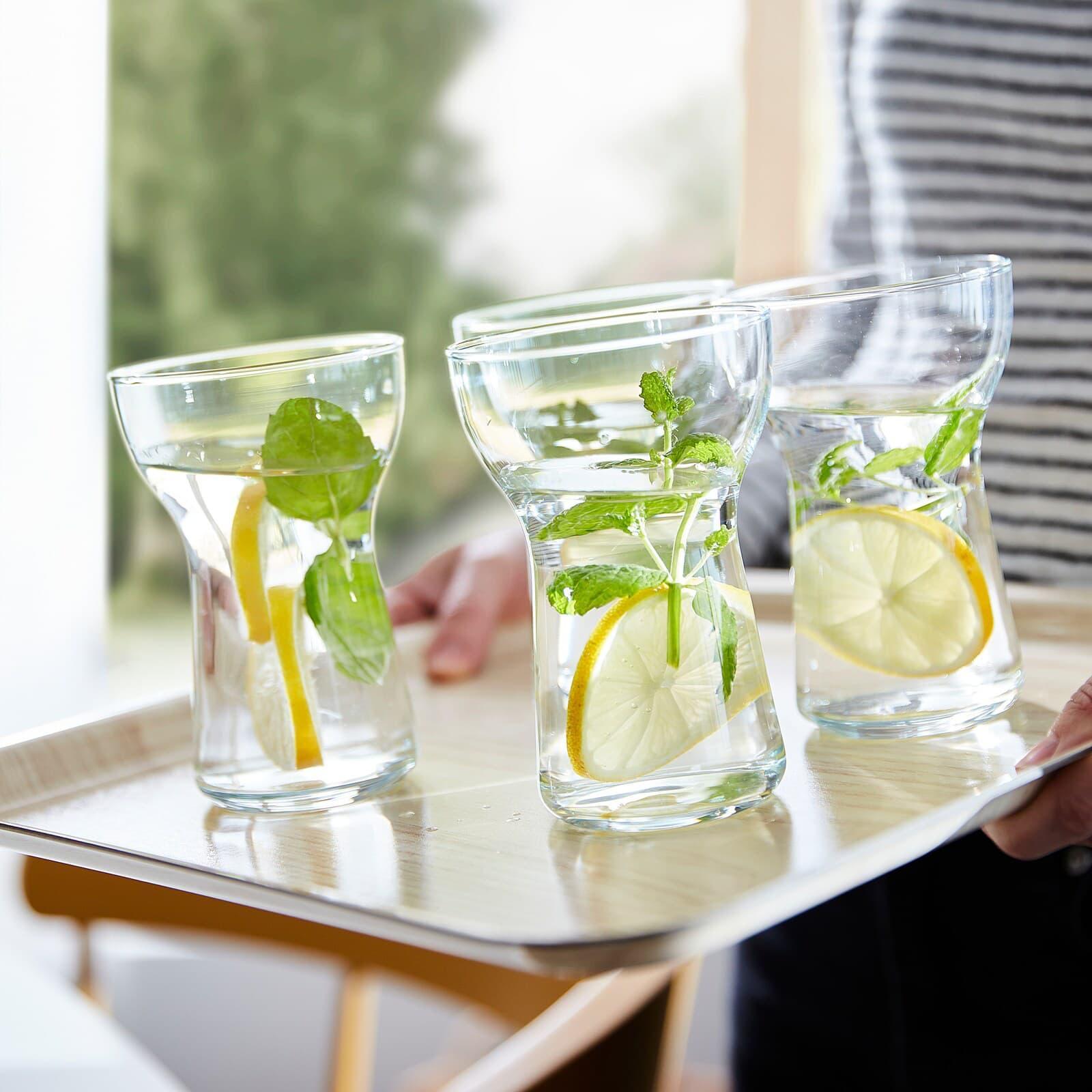 Bicchieri in vetro Omtaenksam - Fonte foto: Ikea