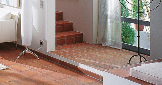 Pavimento e scala interna di klinker, by Buchtal Italia