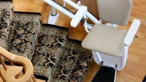 Poltroncine montascale per l'autonomia di disabili e anziani