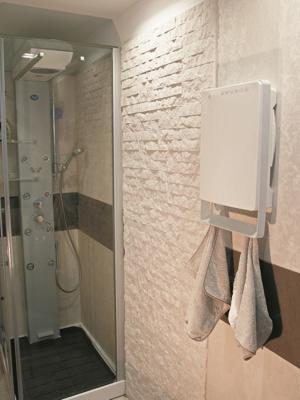 Asciugamani sul portasalviette di Touch