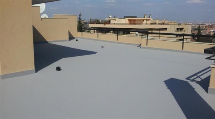 Impermeabilizzazione di una copertura esistente con strato di resina, by Resine Industriali
