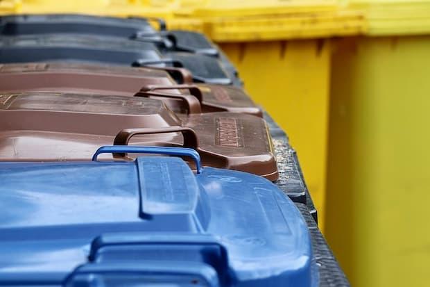 Cassonetti raccolta differenziata dei rifiuti