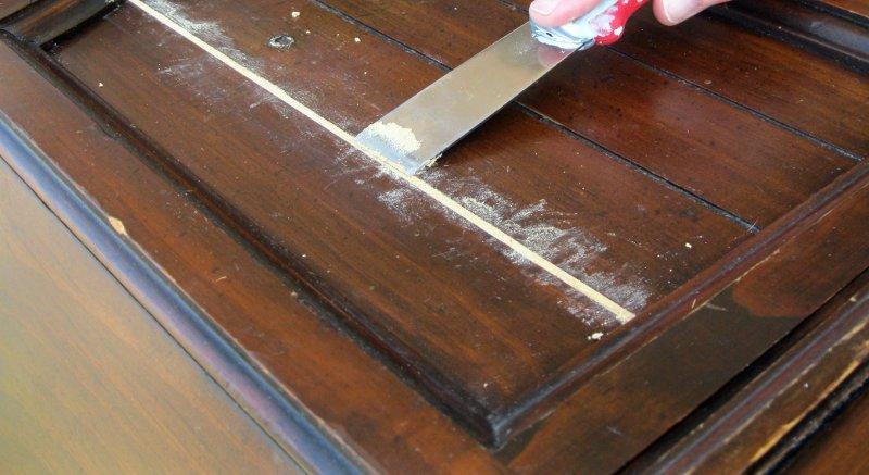 Applicazione stucco in pasta