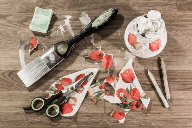 Creare ritagli di carta per un decoupage su muro, foto by viewandaby.biz