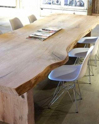 Zona pranzo: tavolo in cedro rosso Libano, Coen Xlab Design