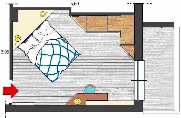 Camera matrimoniale con letto in diagonale