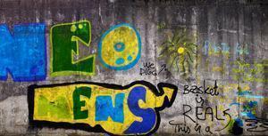 Concrete Wall, Colours