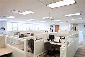 Le conseguenze di una cattiva illuminazione interna: lampade schermate con vetri diffusori