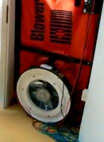 Gli edifici a tenuta d'aria: le apparecchiature per la misurazione delle infiltrazioni