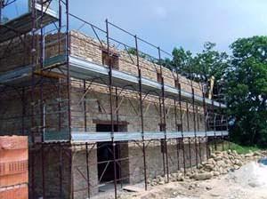 Lerose costruzioni: costruzione di una muratura portante