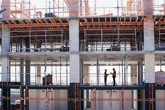 Acquistare un immobile con oculatezza: un edificio in costruzione