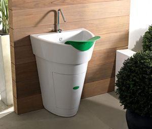 Ultimi nati, sono invece i lavatoi da interno con doppia funzione.