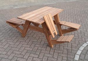 Tavolo da picnic_Nieuwendijk_Straschnow