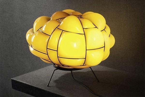 Lampada da tavolo Pallucco Egg Design Enrico Franzolini
