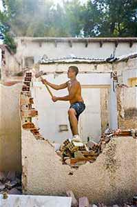 La stabilita'  delle murature isolate: la demolizione di una parte dell'edificio effettuata non in sicurezza