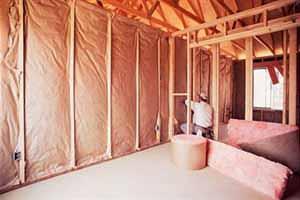 Divisori interni in legno: l'inserimento del pannello termoisolante