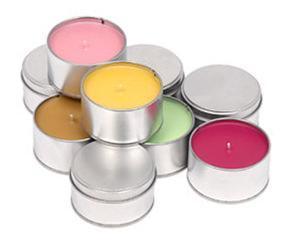 Candele colorate in vendita da Muji