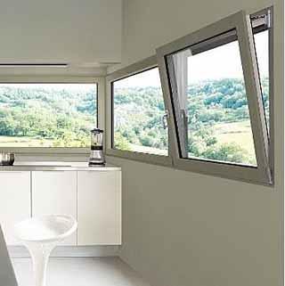 Finestre e ventilazione naturale for Finestra a ribalta
