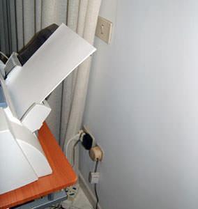 Impianti elettrici sicuri : un posizionamento pericoloso di presa elettrica