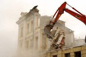 Stop alle demolizioni in Campania?