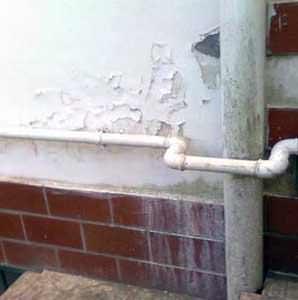 Zoccolature efficienti: il deterioramento della zoccolatura a causa di manomissioni