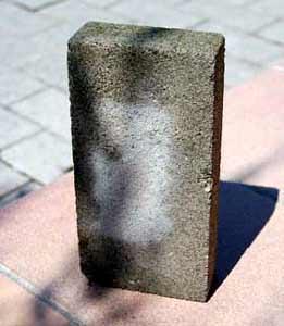 Cura delle pavimentazioni in massello: un massello di cemento