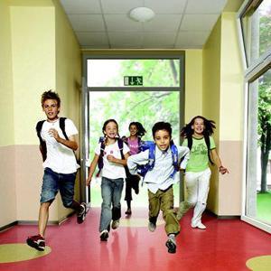 Un pavimento della Tarkett in una scuola