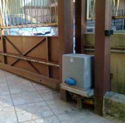 Il recupero di un cancello scorrevole: la motorizzazione dello scorrevole