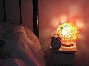 Lampada da comodino di Lucy Norman