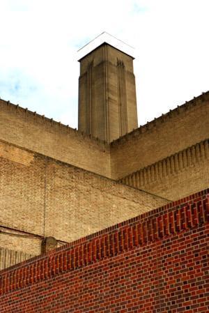 Edificio in mattoni faccia a vista