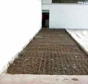 I danni provocati dal gelo alle pavimentazioni in calcestruzzo: la preparazione di un pavimento in calcestruzzo
