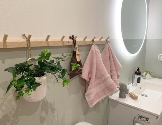 Appendino knoppbräda in bagno, da @50talshuset
