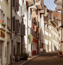 Centro storico con edifici in muratura